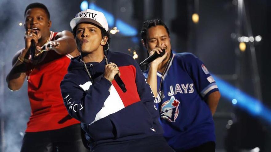 """Bruno Mars llevará su gira """"24K Magic"""" a Madrid y Barcelona en abril"""
