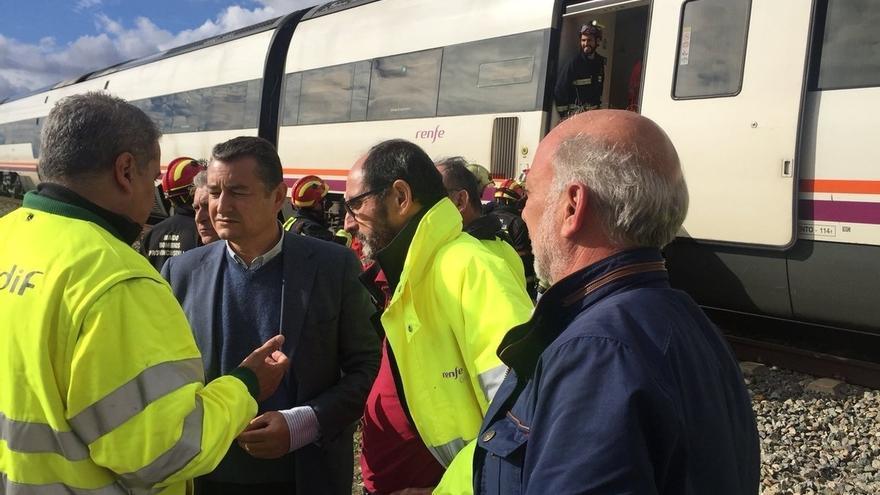 """Sanz, sobre el tren de Arahal: """"Las filtraciones pueden afectar la vía en cualquier momento y no es predecible"""""""
