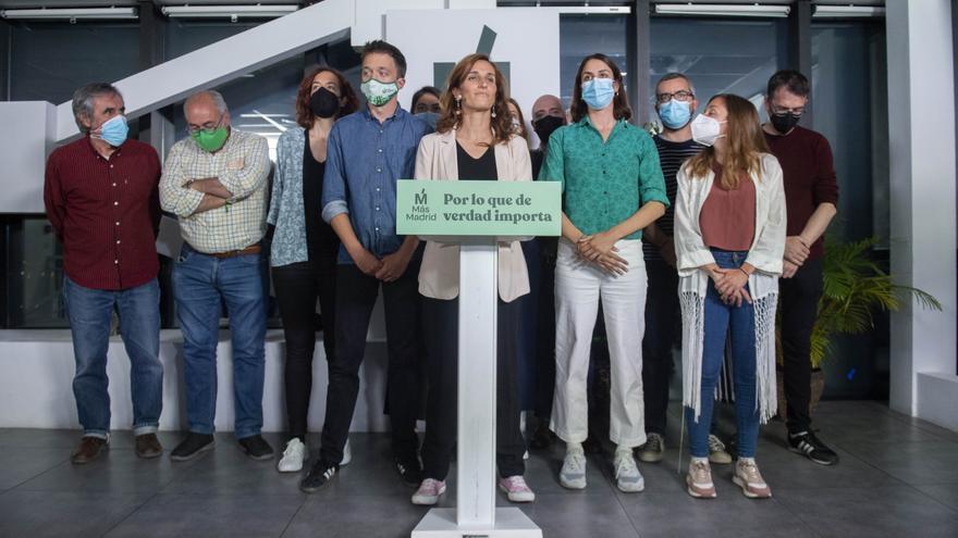 La candidata de Más Madrid a la Presidencia de la Comunidad de Madrid, Mónica García, acompañada del líder de Más País, Íñigo Errejón