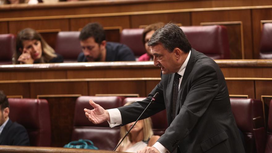 """Esteban responde a Sánchez """"cómo va a dormir sabiendo que vamos a nuevas elecciones"""" y se confirma la desaceleración"""