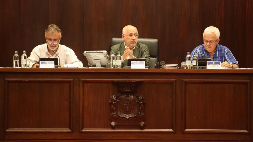 Antonio Morales ha presidido este viernes la asamblea de alcaldes de Gran Canaria. (ALEJANDRO RAMOS)