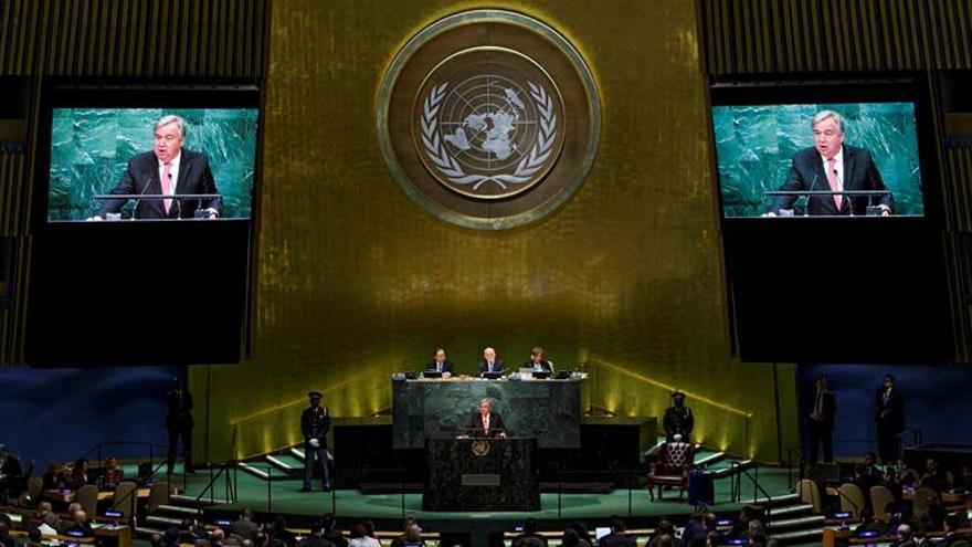 Guterres promete independencia, cooperación y paridad de género en la ONU