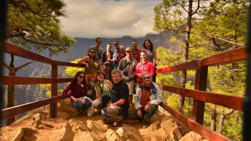 En la imagen, los participantes en la reunión de Moveclim en el Mirador de Las Chozas, en Las Caldera.