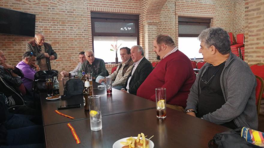 David Manzanares, candidato al Senado de Vox por Ciudad Real ha estado hoy en la comarca de Almadén
