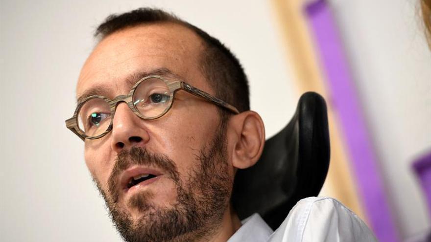 Echenique evita valorar la idoneidad de Bescansa para liderar Podemos Galicia