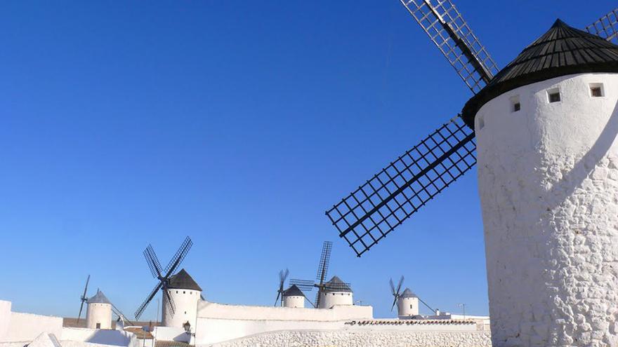 Campo de Criptana- Molinos de Viento FOTO: Turismo de Castilla-La Mancha