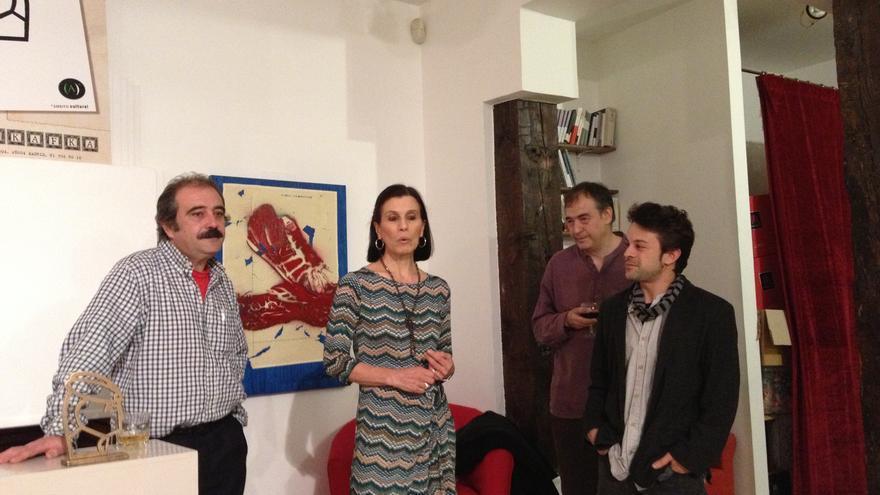 Rafael Reig, Margarita Sañudo (de Ámbito Cultural), Javier Azpeitia (de Hotel Kafka) y Pablo Mazo, el editor de Salto de página.