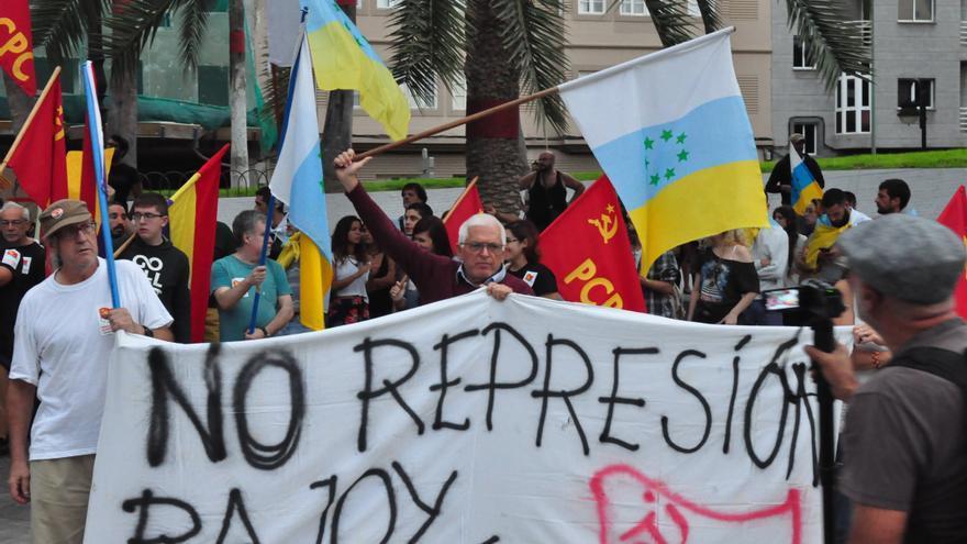 """Manifestación en Las Palmas de Gran Canaria en apoyo al """"derecho a decidir"""""""