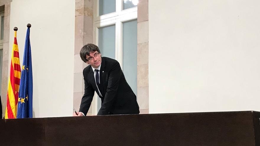 """Puigdemont asegura que el Gobierno estaba """"dispuesto a todo"""" para evitar la independencia"""