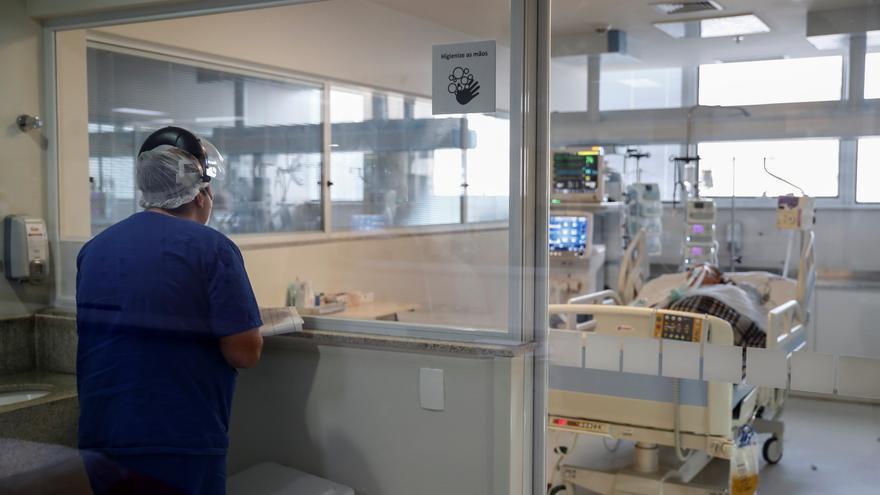 Brasil roza las 187.000 muertes y los 7,3 millones de casos de coronavirus