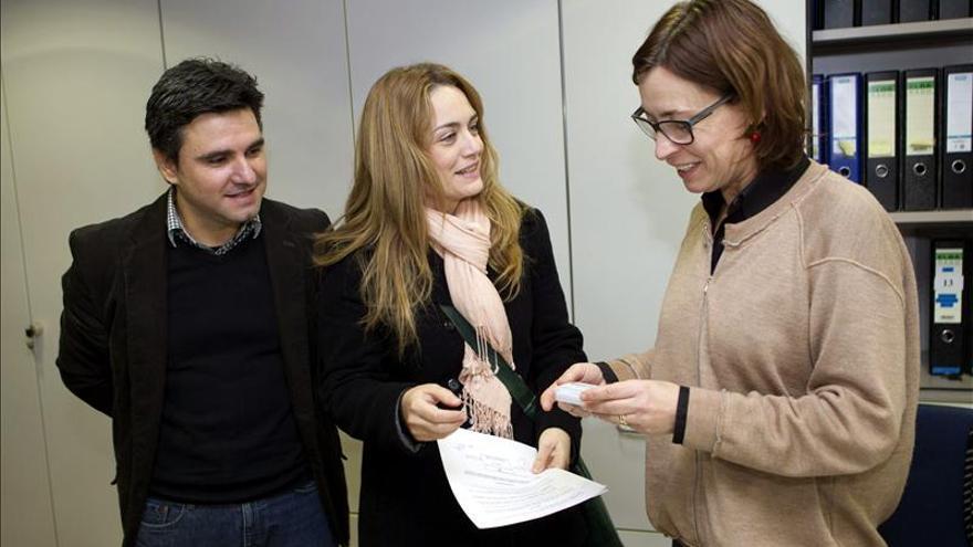 Matrimonio mallorquín presenta 12.000 firmas contra cobro de impuesto feudal