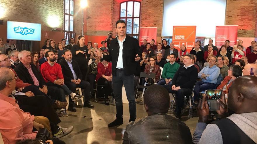 Pedro Sánchez durante la Asamblea Abierta de Valencia de este domingo.