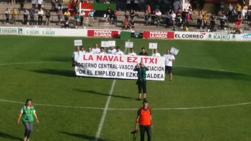 La plantilla de La Naval acuerda seguir con las movilizaciones y pide sendas reuniones con Tapia y Rementeria