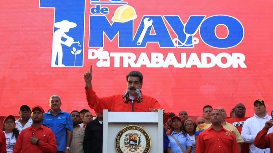 """Maduro dice que la Justicia """"está buscando"""" a los responsables del alzamiento militar"""