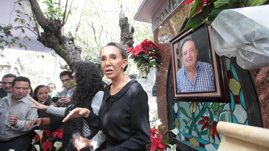 "Florinda Meza promoverá las obras de teatro que dejó ""Chespirito"""