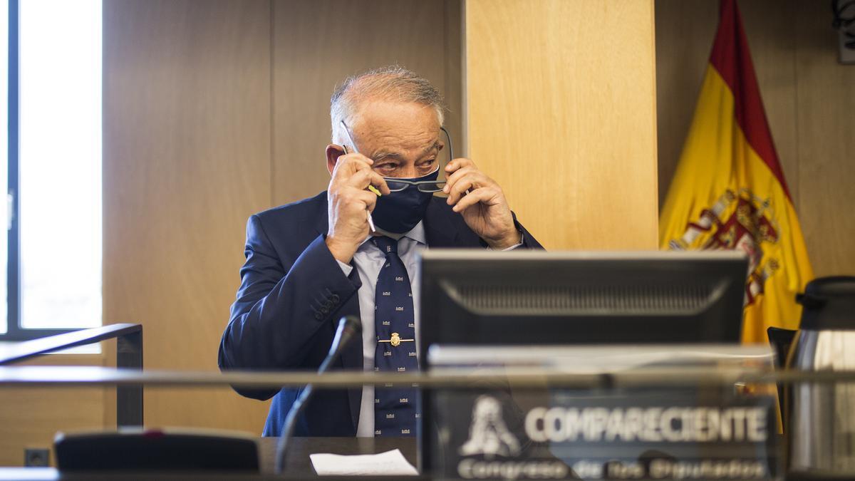 El exdirector adjunto operativo de la Policía Nacional, Eugenio Pino, durante su comparecencia en la Comisión de la Kitchen en el Congreso