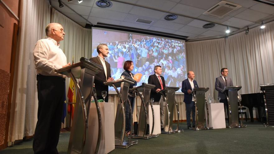 Debate electoral organizado por el periódico La Opinión en el Paraninfo de la Universidad de Murcia / Carlos Trenor