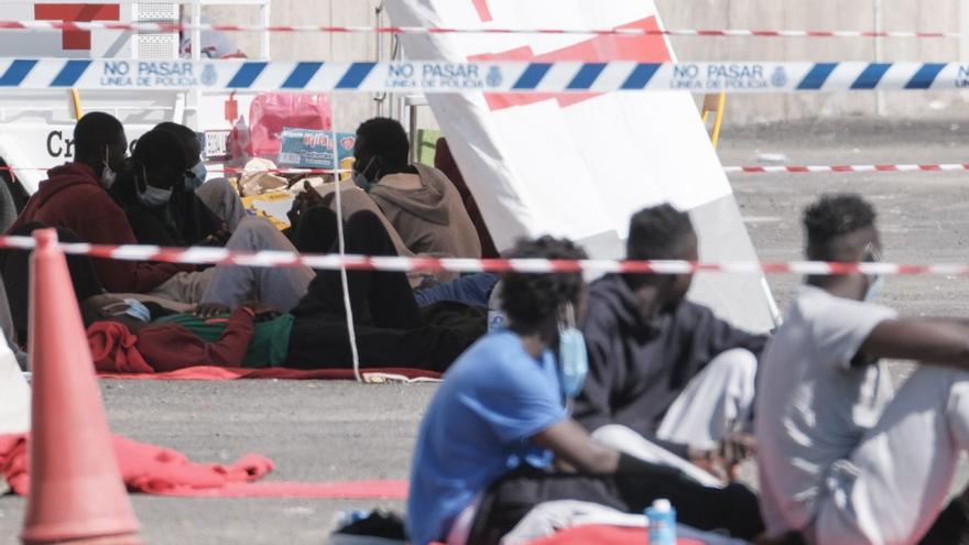 Nueva Canarias anima al Ejecutivo regional a coordinar con otras comunidades las derivaciones de migrantes