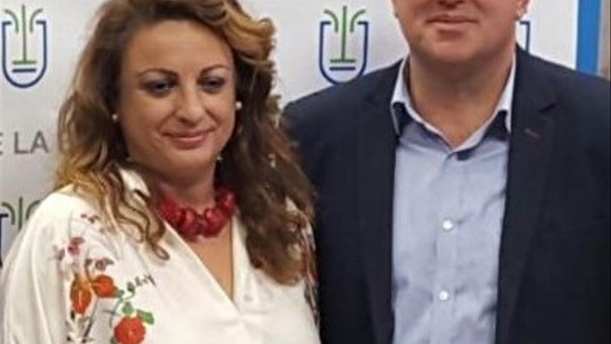 Cristina Valido y Anselmo Pestana.