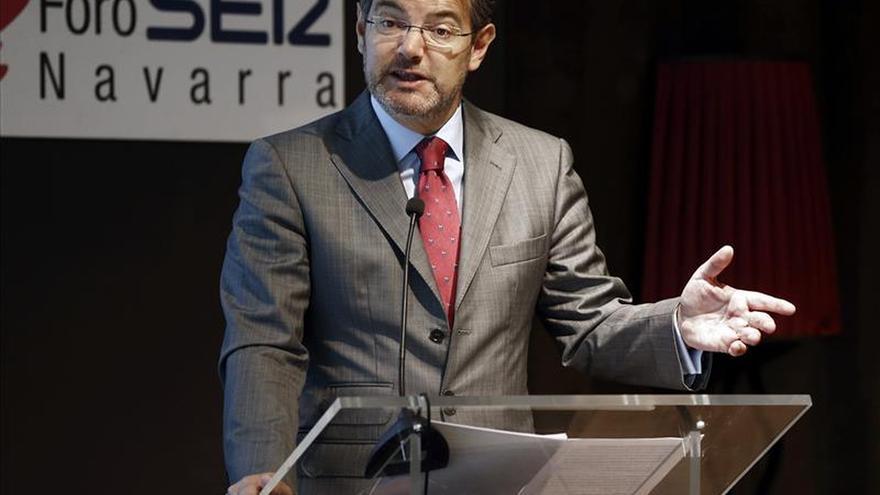 Catalá cree habría que compensar la dedicación exclusiva de  parlamentarios