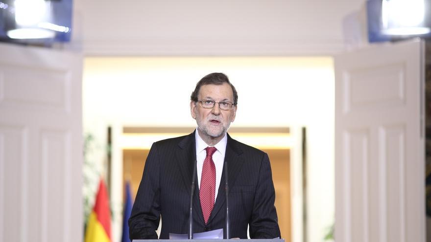 """Rajoy avisa a Puigdemont y Urkullu de que no ir a la Conferencia de Presidentes es """"abdicar de una responsabilidad"""""""