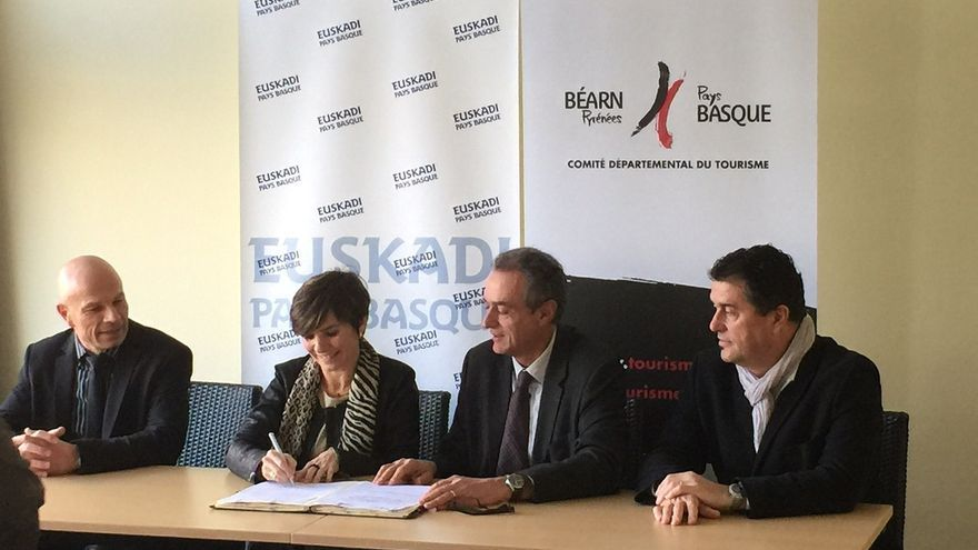 Gobierno vasco y Turismo del Béarn-Pays Basque firman su primer acuerdo para la promoción turística conjunta