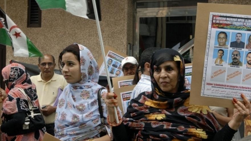 De la concentración de inmigrantes saharauis en el consulado de Marruecos #4