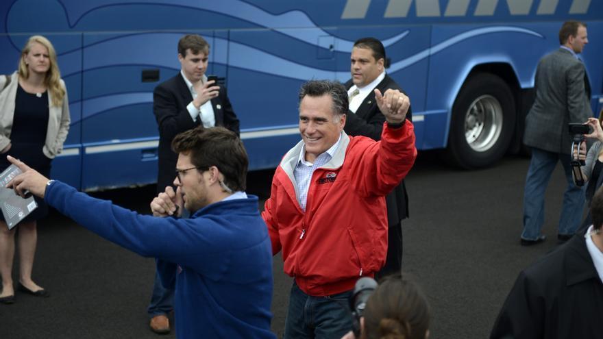 Obama defiende su política exterior y Romney vincular ayuda con la libre empresa