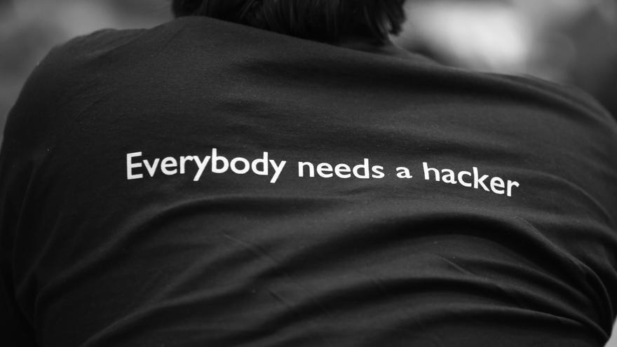 """""""Todo el mundo necesita un 'hacker'"""""""