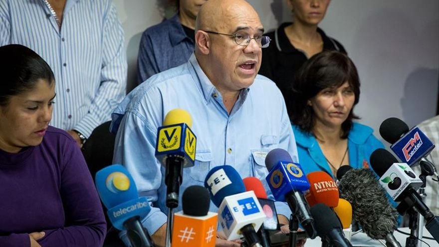 La oposición venezolana dice que el propósito de 2017 depende de lograr un acuerdo interno