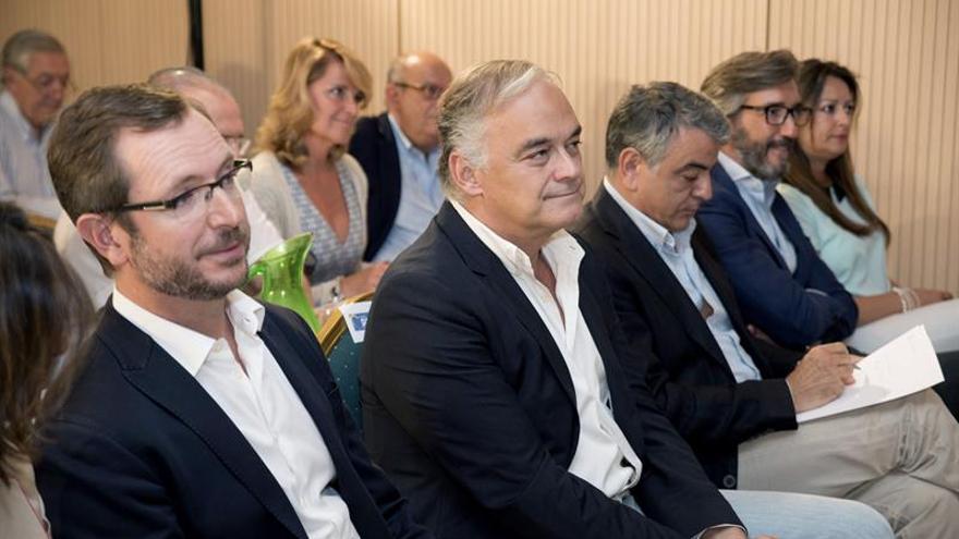 Oyarzábal: El PP vasco puede ser determinante por el descalabro del PSE
