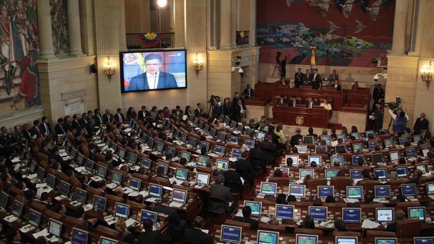 Congreso colombiano inicia sesiones extras para reformar la ley y facilitar la paz