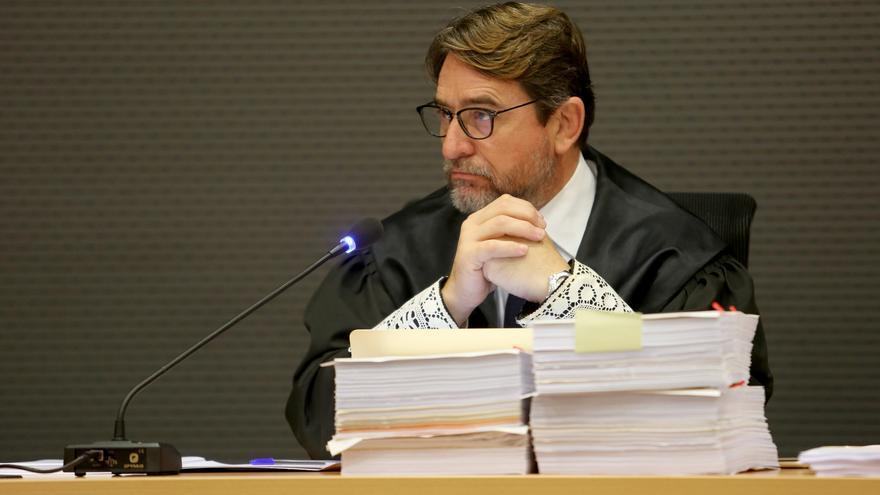 El juez Salvador Alba, en la vista de las cuestiones previas del caso Unión. (ALEJANDRO RAMOS)