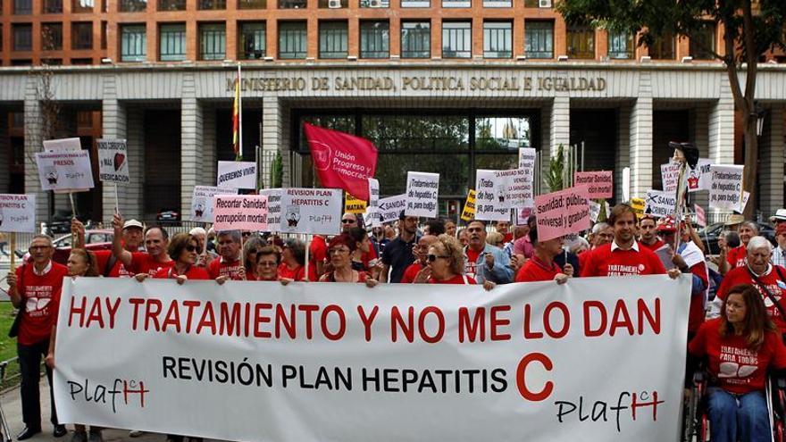 El plan estratégico contra la hepatitis C, a examen hoy en el Congreso