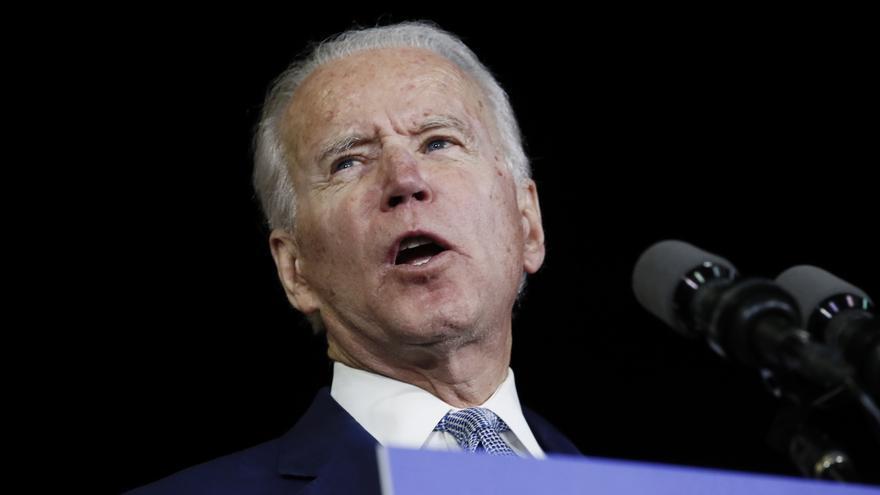 Biden con una amplia ventaja sobre Trump entre votantes latinos, según el Pew