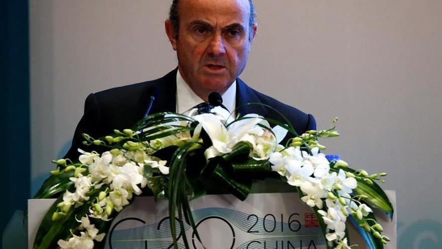 """De Guindos: """"no"""" hay inquietud en el G20 por la situación política española"""