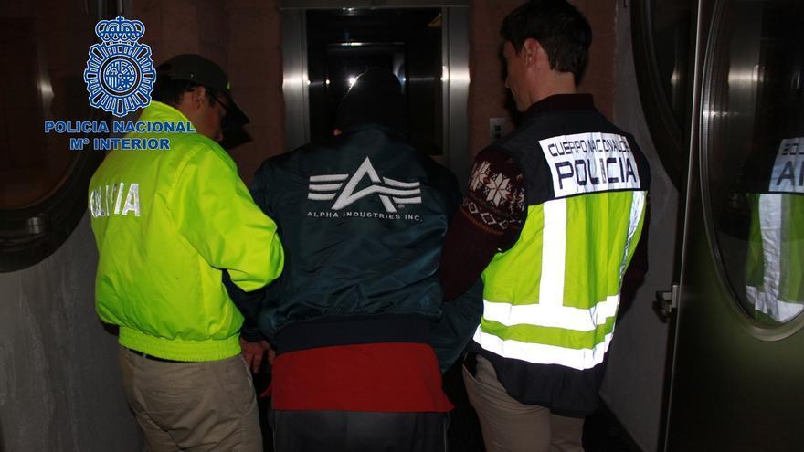 Detenido en Madrid 'El Enfermero' de las FARC, que realizó medio millar de abortos forzados