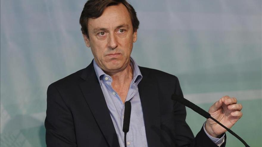 """Hernando (PP) pide a partidos """"renuentes"""" que se sumen al pacto antiyihadista"""