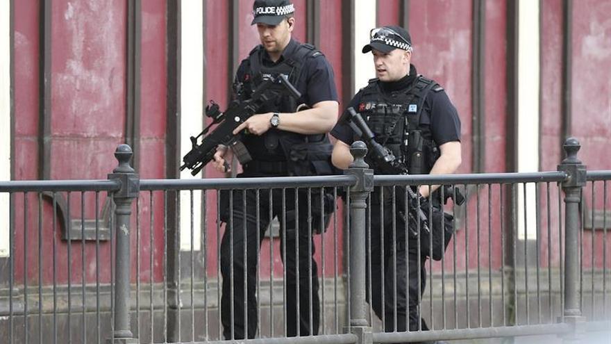 Merkel expresa su solidaridad con el Reino Unido tras el atentado de Manchester