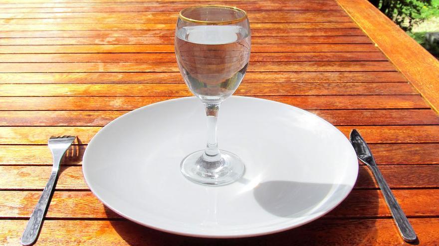 Ayuno para examen de sangre se puede tomar agua