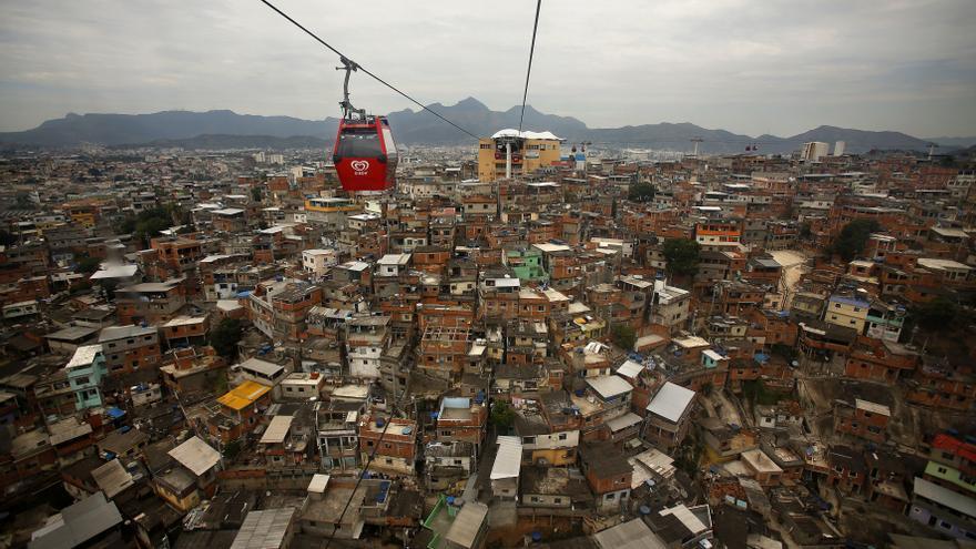 Teleférico de la favela Complexo do Alemão.  / Olmo Calvo