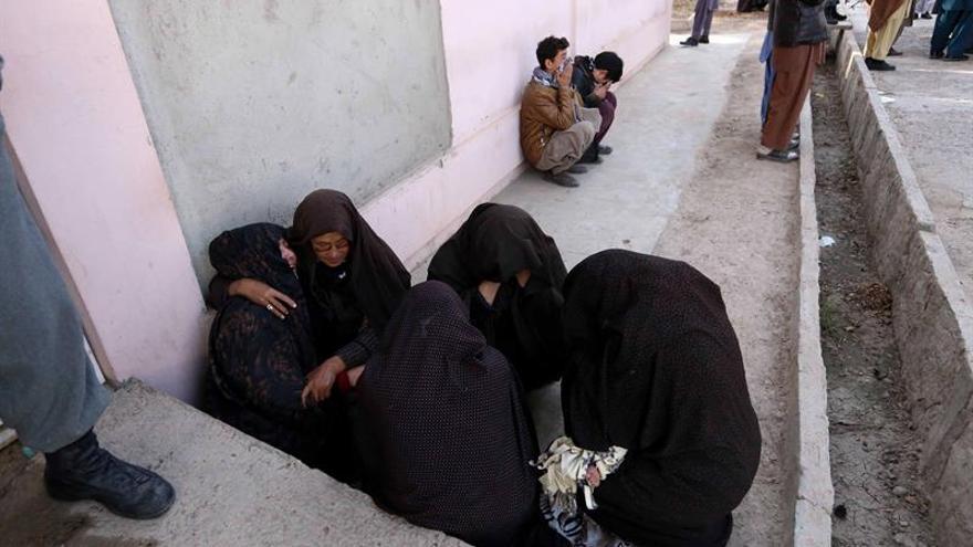Al menos 18 muertos y 79 heridos en dos accidentes de tráfico en Afganistán