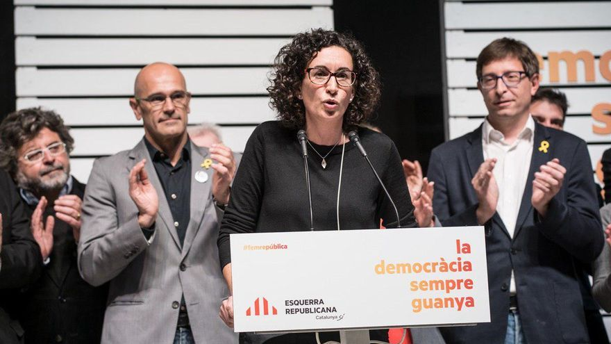 Marta Rovira, junto a Raul Romeva y Carles Mundó