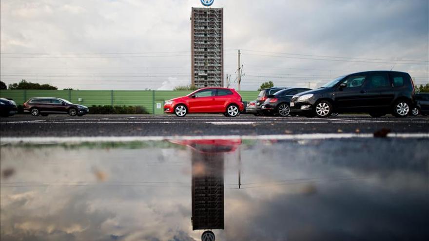 Volkswagen vendió 1,07 millones de coches trucados en Francia, según una emisora de radio