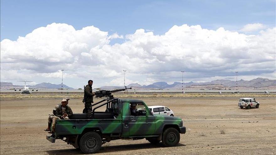 El rey saudí anuncia la creación de un centro de ayuda humanitaria para Yemen