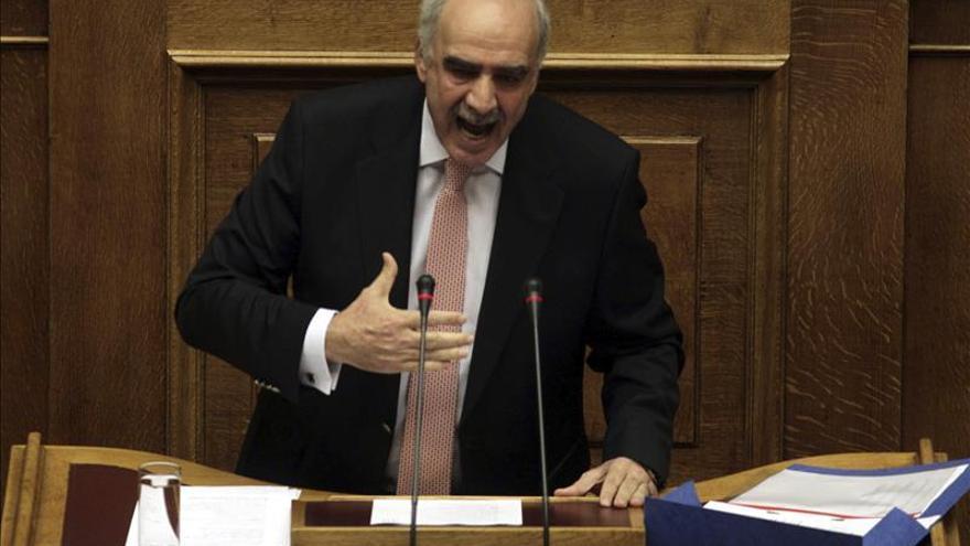 El presidente de los conservadores griegos dimite tras elección fallida de líder