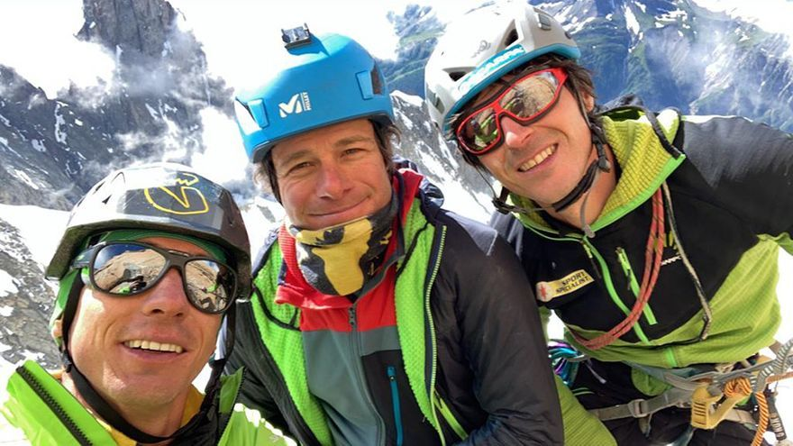 Della Bordella, Cazzanelli y Ratti tras completar 'Incroyable' .