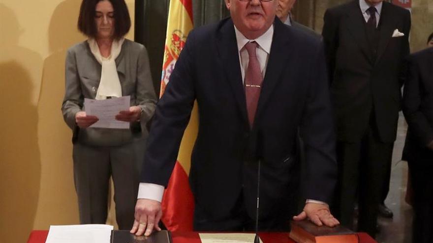 Bonet pide a Cultura que mejore el presupuesto del Instituto Cervantes