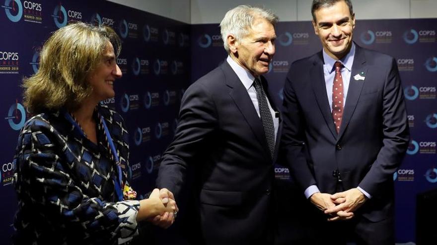 Harrison Ford arropa a Bloomberg en la presentación de su programa climático