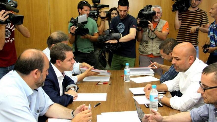 Reunión entre García-Page y García Molina (Archivo)